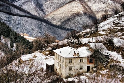 2010-01-30-12-29-45-kosovo