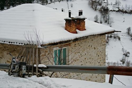 2010-01-30-14-22-13-kosovo
